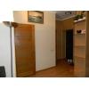 Теплый кирпичный дом возле метро Нивки!